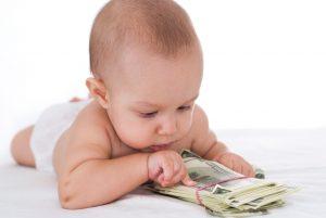 Пособие по рождению ребенка: где и как оформить