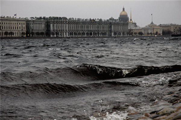 Какой будет погода осенью в Петербурге?