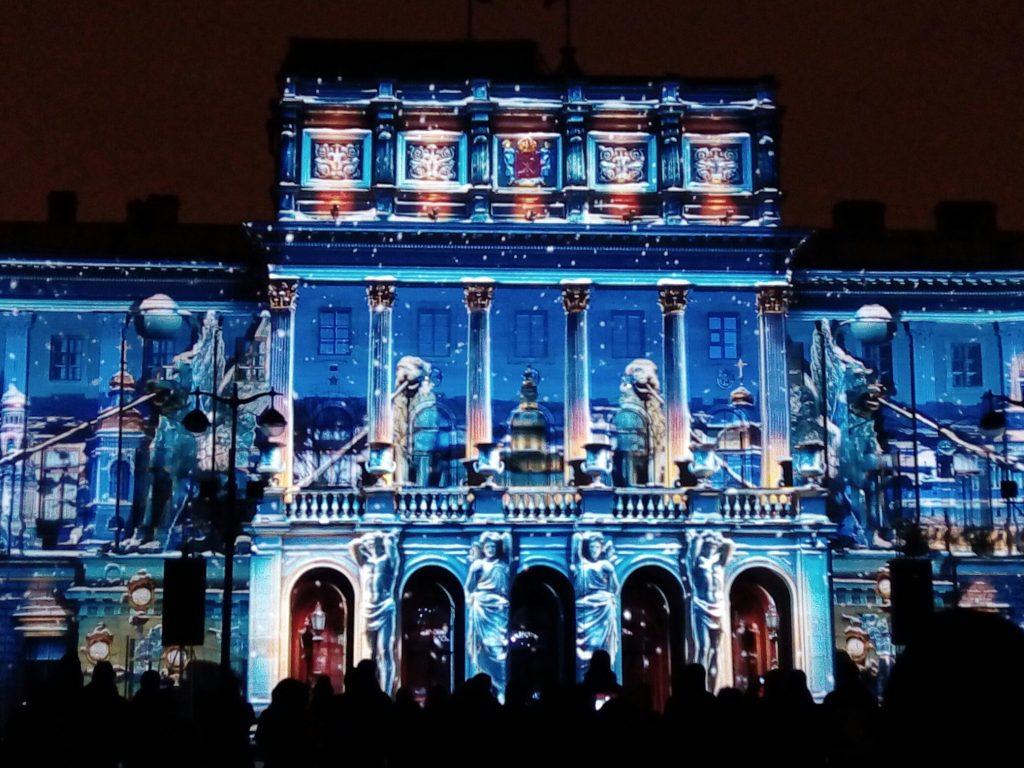 Петербург ожидает 3D световое шоу