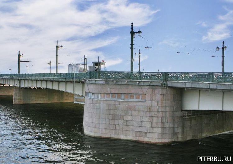 Экскурсия по Петербургу №18: Мариинская больница – Литейный мост – Финляндский вокзал