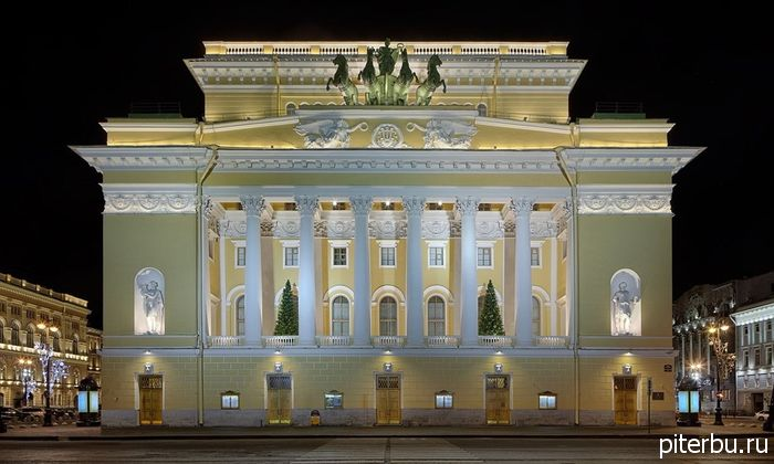 Куда сходить в Петербурге осенью и зимой?