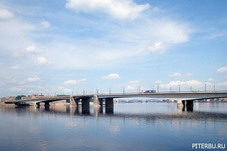 Экскурсия по Петербургу №8: Александро-Невская лавра – Мост Александра Невского