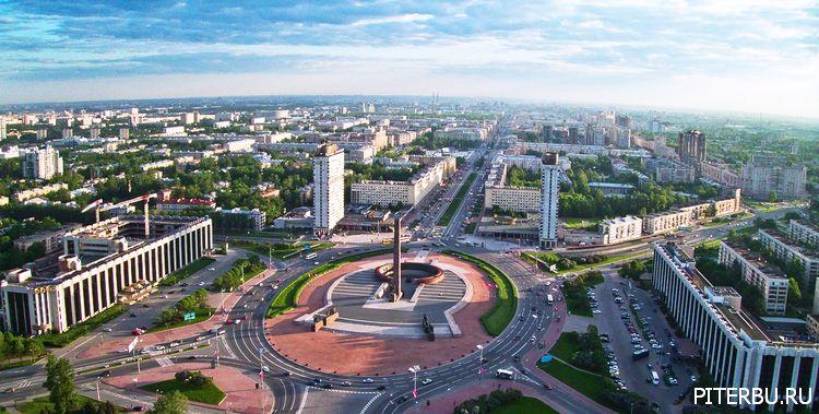 Площадь Победы в Петербурге