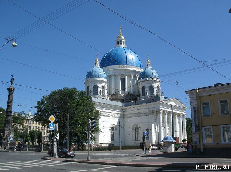 Троицкий собор Измайловского полка, Колонна Славы, Памятник юнкерам в Петербурге