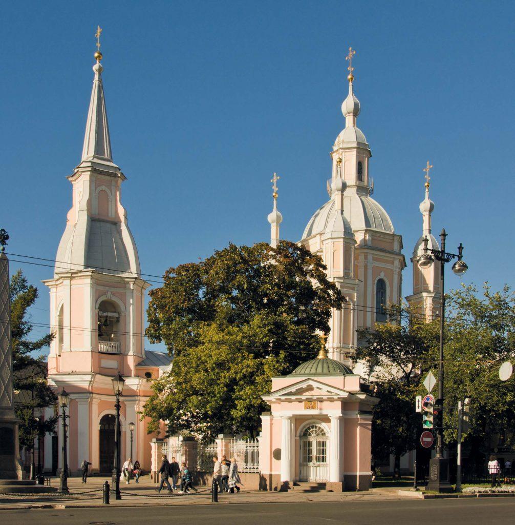 Купол Андреевского собора то и дело подвергался напастям: в него била молния, он трескался и проваливался