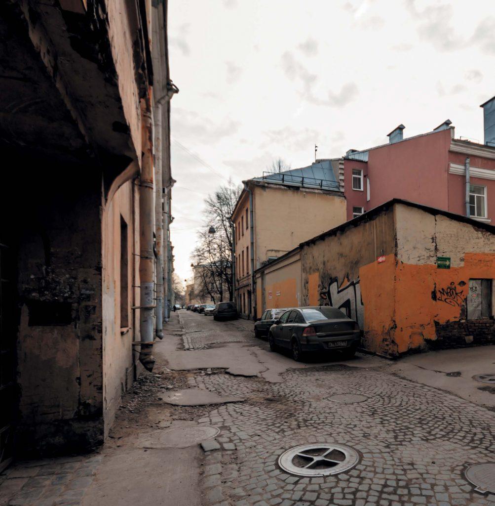 Говорят, на улице Репина можно увидеть призраков