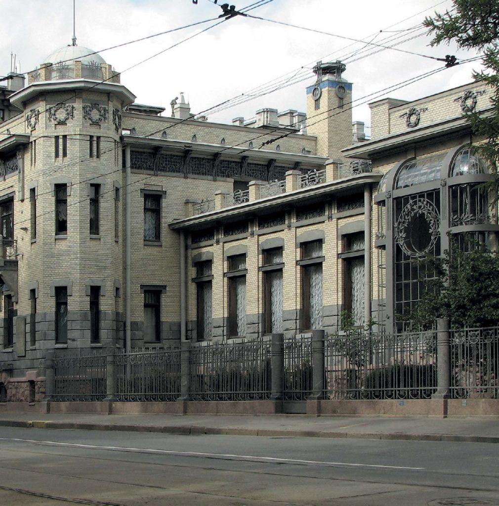 В наши дни в особняке Кшесинской размещается Музей политической истории России