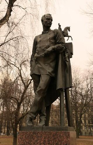 Памятник П.К.Клодту в Петербурге