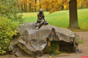 Скульптура «Весна» в Петербурге в Летнем саду