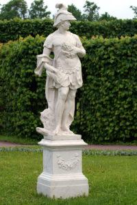 Скульптора «Воинская доблесть» в Петербурге Царском Селе
