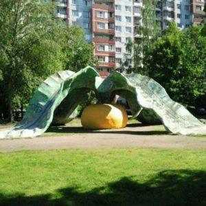 Катальная горка «Репка» в Петербурге на ул. Кораблестроителей