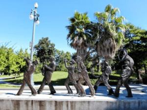 Скульптура «Джазовые музыканты» в Петербурге на Приморском шоссе